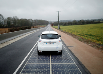 A test phase will evaluate whether the solar panel road can provide enough energy to power street lighting. PHOTO CREDIT REUTERS / Benoit Tessier