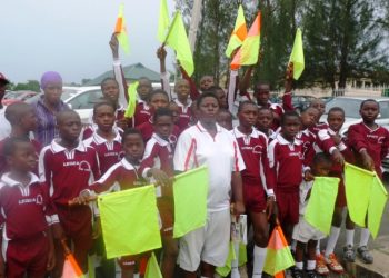 The young referees and their instructors