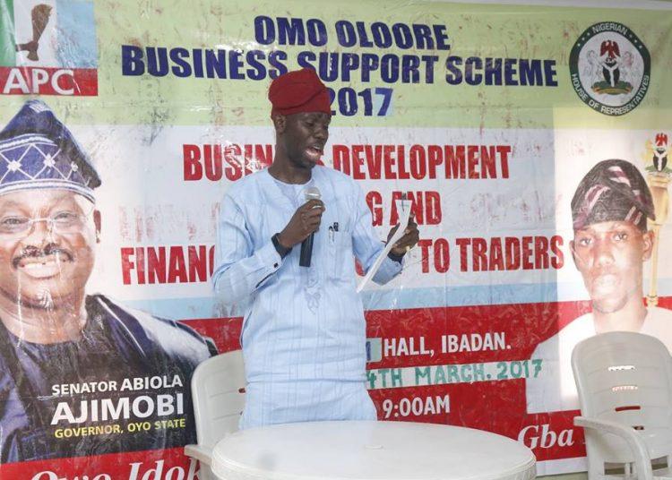 Hon Dapo Lam Adesina presenting his speech during the empowerment programm