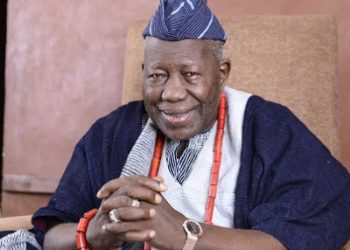 Makinde Celebrates Olubadan at 92