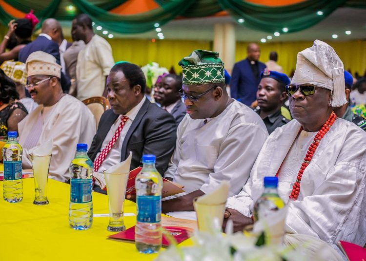 L-R Executive Governor of yo state Senator Abiola Ajimobi, Deputy Governor Chief Moses Aake Adeyemo,Speaker Oyo state House of Assembly, Barrister Michael Adeyemo and Oba of Lagos Oba Rildwan Akiolu at the launching of Oyo state  Education Trust Fund in Ibadan