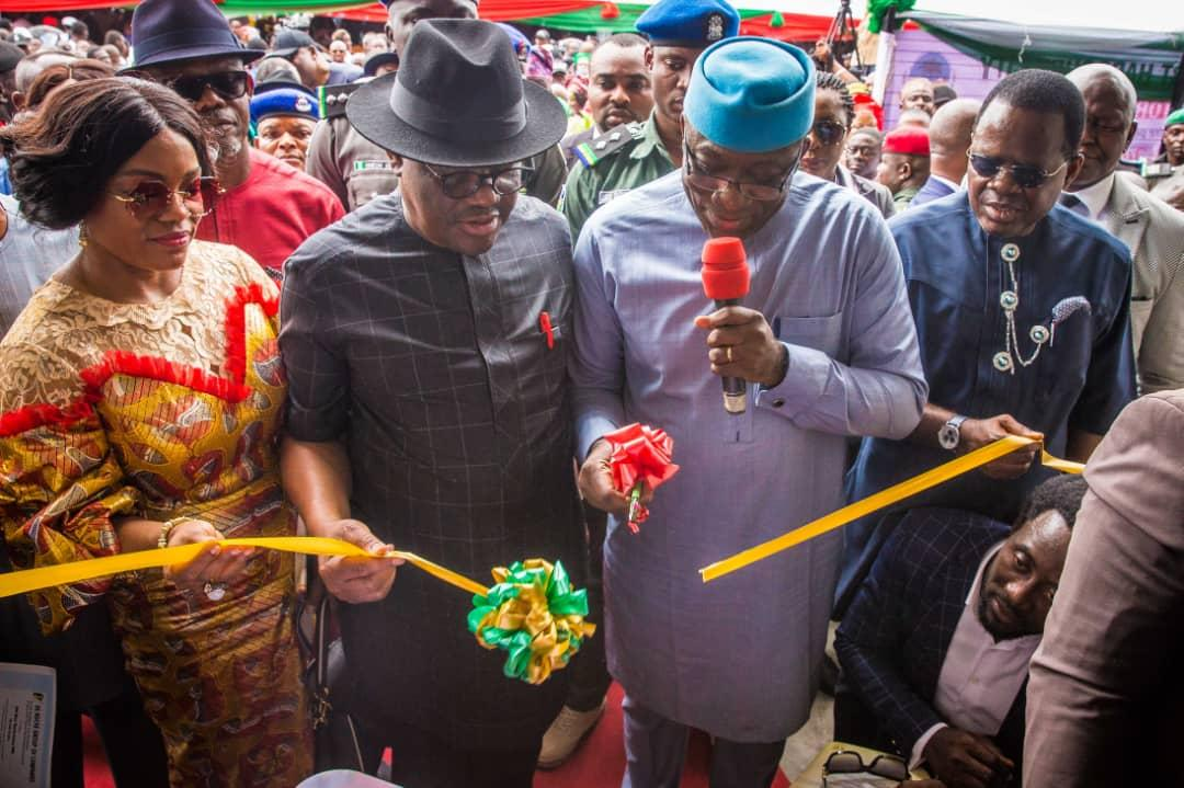 Gov Kayode Fayemi and Gov Wike  at the commissioning of the ultra modern Rumuwoji Market in Port Harcourt  River State
