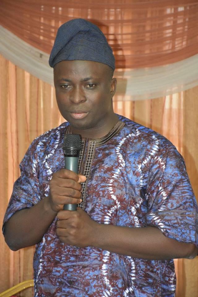 Dr Tunji Babatunde