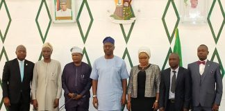 Governor Seyi Makinde receives Committee report report