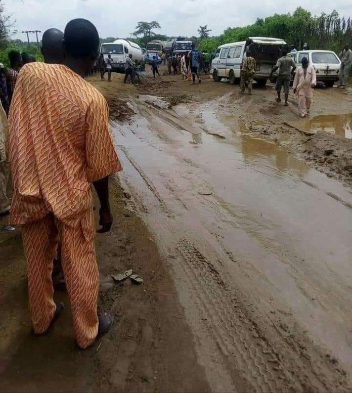 the bad portion of iseyin-Oyo road, in Oke Ogun area of Oyo state