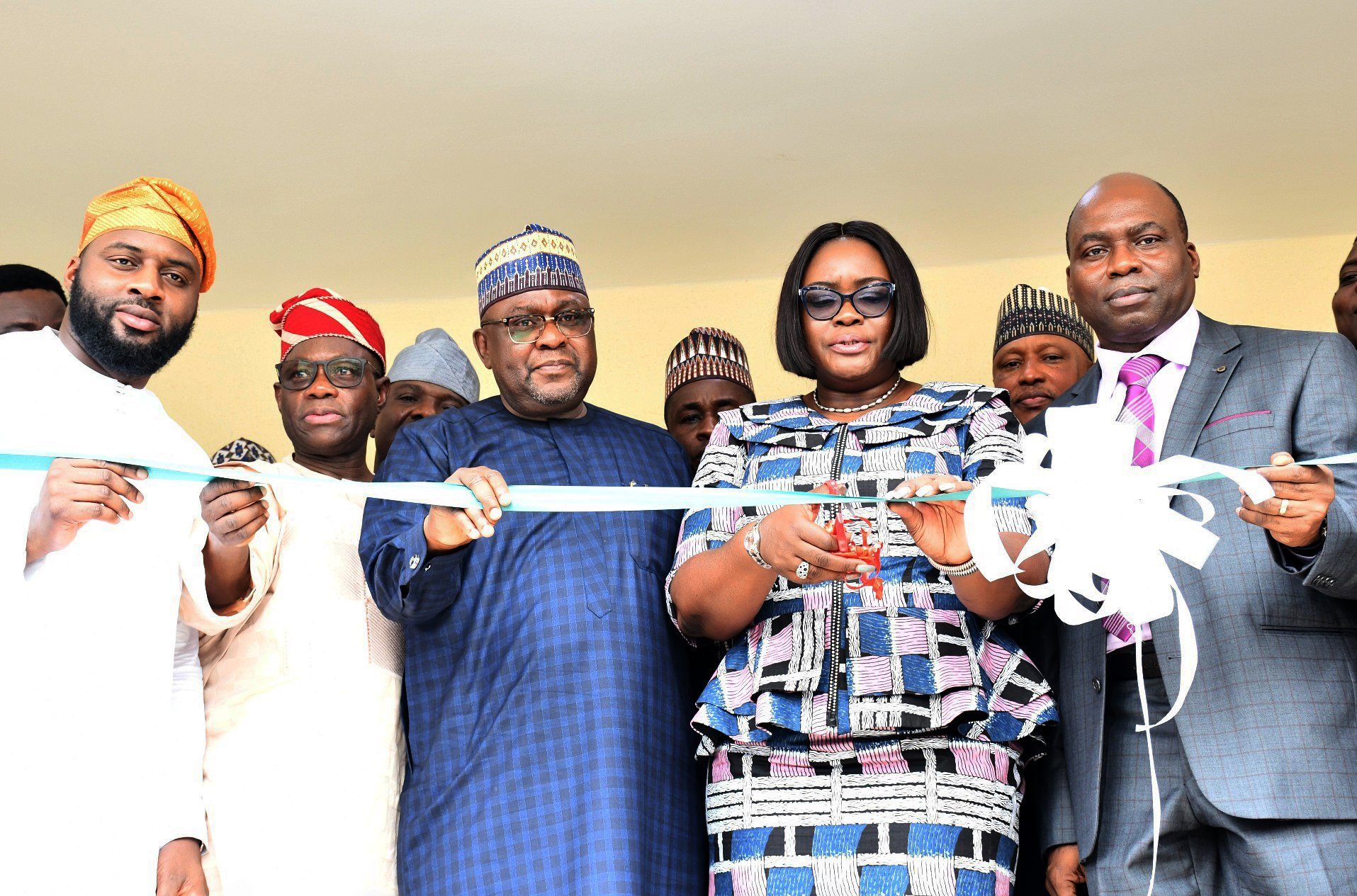 Representative of Oyo State Governor and Secretary to the State Government, Mrs Olubamiwo Adeosun (second right); cutting the tape with her from left, Speaker Oyo State House of Assembly, Hon Debo Ogundoyin; Senator Kola Balogun; Chairman, Senate committee on Anti-Corruption and Financial Crimes, Senator Suleiman Abdul-Kyari and Chairman Independent Corruption Practices and others Related Offences Commission (ICPC), Prof Bolaji Owasanoye during the commissioning of ICPC Oyo State Office complex in Ibadan. PHOTO: Oyo State Government.