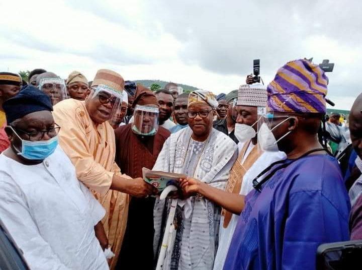 Senator Buhari empowers Constituents