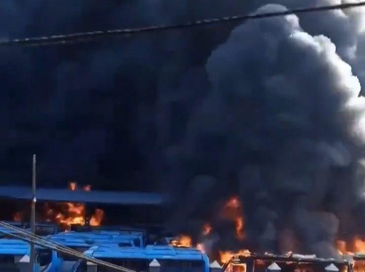 BRT TERMINAL ON FIRE