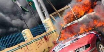 Hoodlums Killed 6 Cops, Attacked 5 Stations During #EndSARS Protest in Oyo