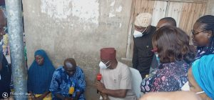 Makinde with parents or Isiaq Jimoh