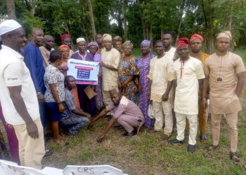 Member of Oyo State Leading Patriot, (OLP) with traders